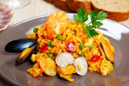 Receta de paella de marisco de arroz integral