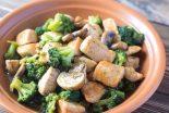 brócoli con champiñones