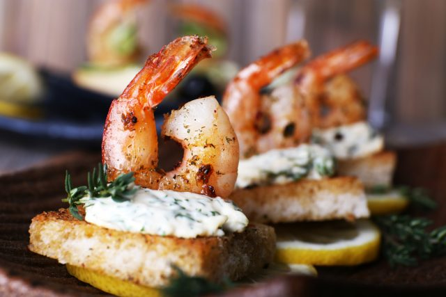 Receta de canap s de camarones for Gourmet canape ideas