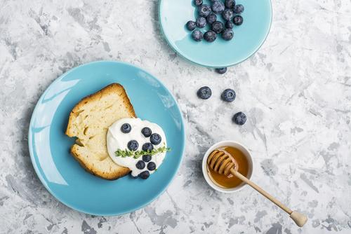 Receta de bizcocho de yogur con miel