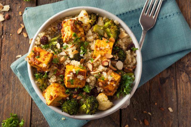 Receta de quinoa con tofu