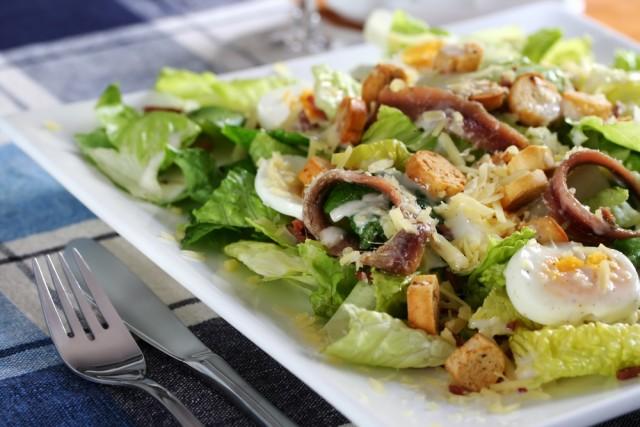 Receta de ensalada César con anchoas