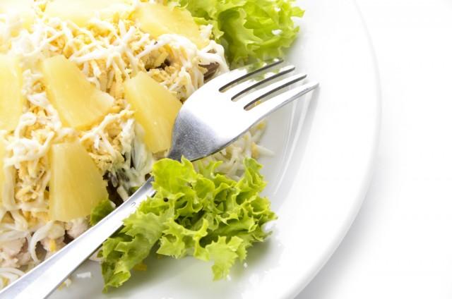 Receta de ensalada césar con piña