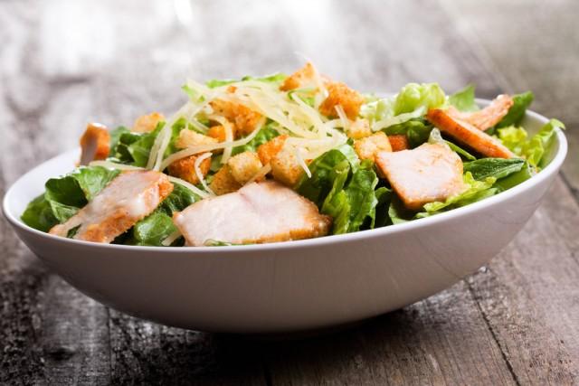 Receta de ensalada César con pollo