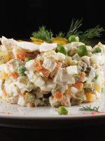 Receta de ensaladilla rusa con pollo