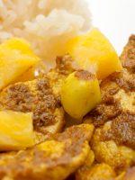 Receta de pollo al curry con piña