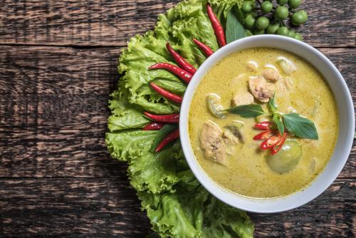 Receta de pollo al curry verde