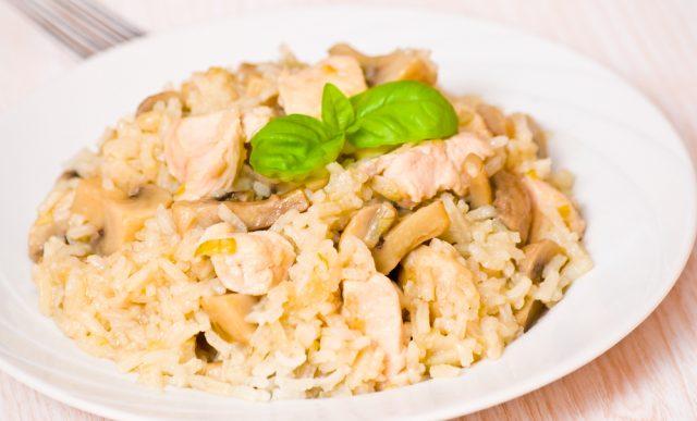 Receta de arroz con pollo y champiñones