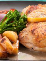Receta de contramuslos de pollo al horno con vino blanco