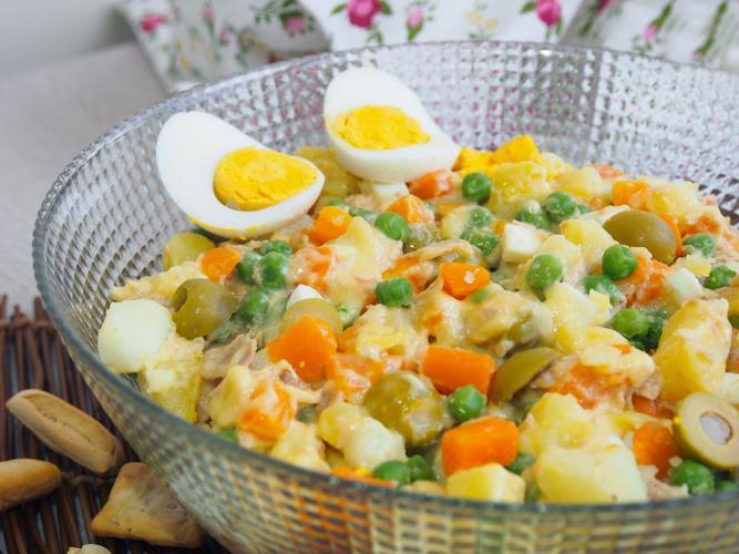 Receta de ensaladilla rusa sin mayonesa for Cocinar ensaladilla rusa