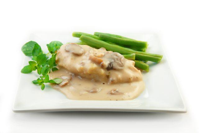 Receta de pechuga de pollo al horno con nata