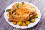 pollo al horno relleno de manzana