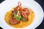 arroz con bogavante y pescado