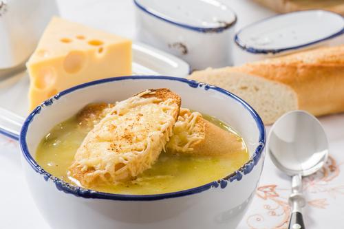 Receta de sopa de cebolla con pollo
