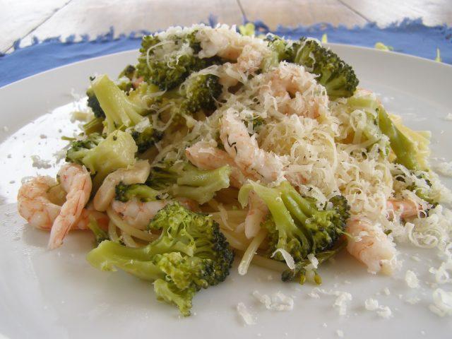 Receta de brócoli con gambas