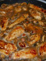 Pollo a la cerveza con champiñones