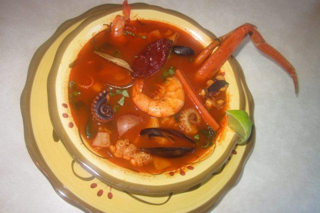 Receta de sopa de pescado veracruzano
