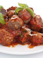 Receta de albóndigas con salsa tomate