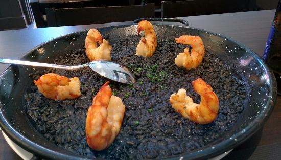 Receta de arroz negro con langostinos