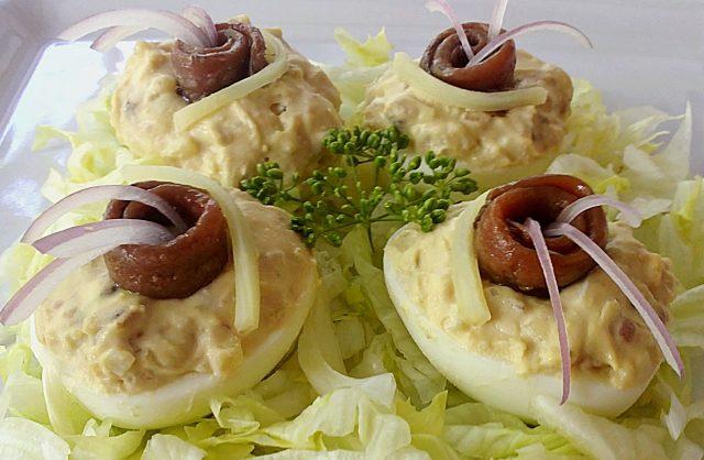 Receta de huevos rellenos con anchoas