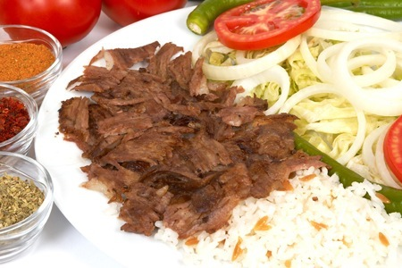 Receta de kebab con arroz