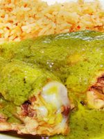 Receta de muslos de pollo al horno con salsa verde