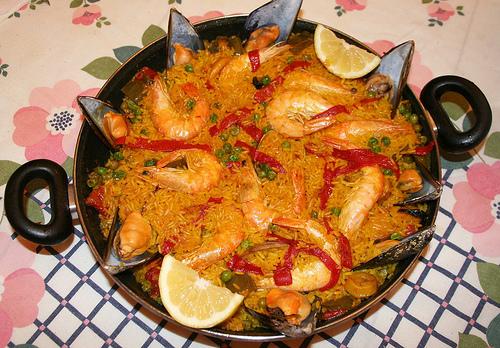 Receta de paella de marisco con salmorreta