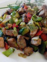 Receta de criadillas con salteado de verduras