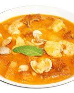 Receta de sopa de marisco con almendras