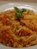 Arroz con pollo colombiano