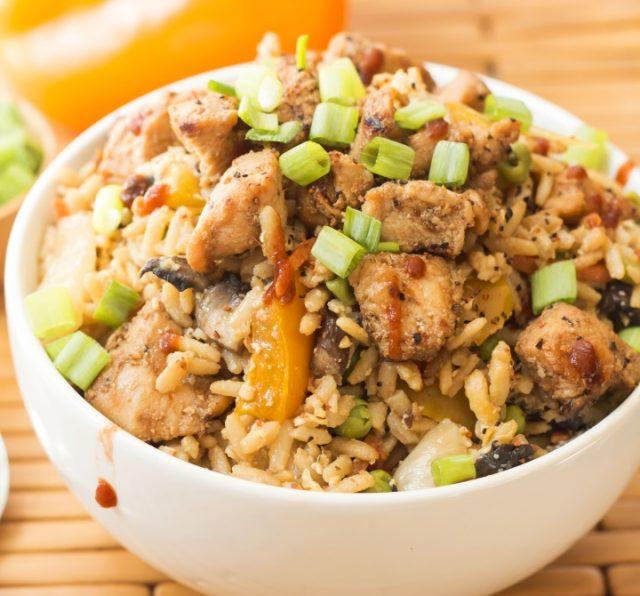 Receta de arroz tres delicias con pollo