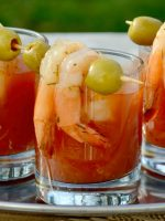 Bloody mary con langostinos