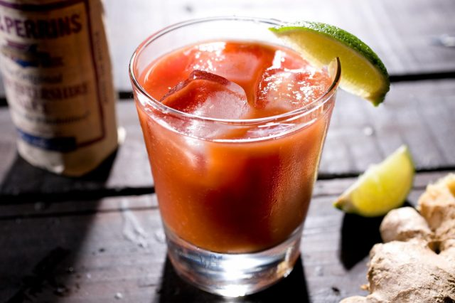 Receta de bloody mary light
