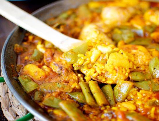 Receta de paella de marisco con verduras