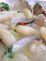 Receta de fabada asturiana con almejas
