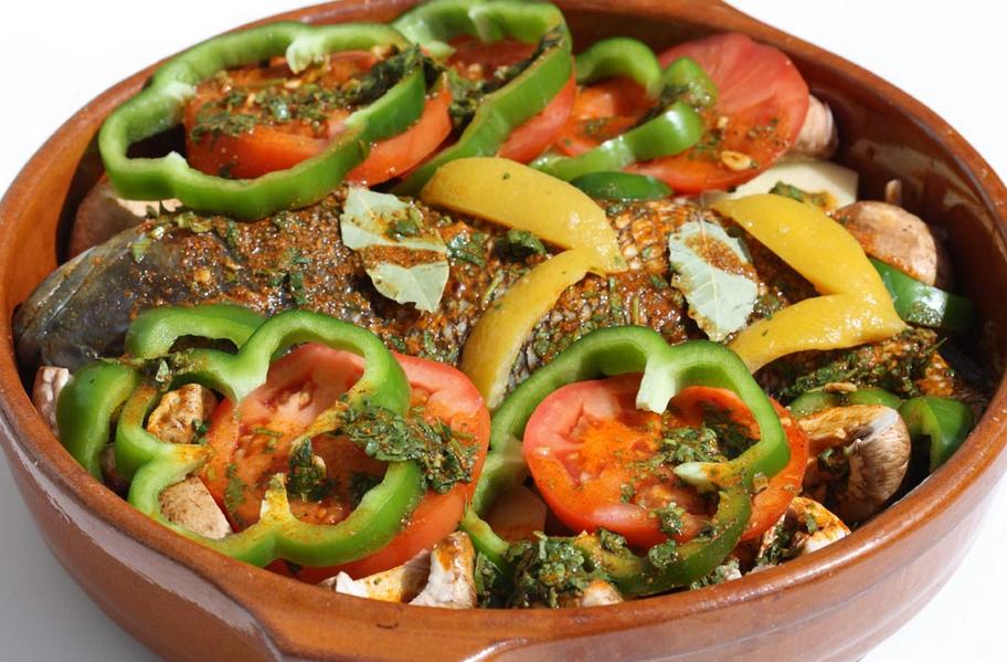 Receta de lubina al horno con verduras - Cocinar verduras al horno ...