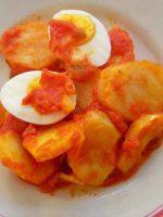 Receta de patatas a lo pobre con tomate