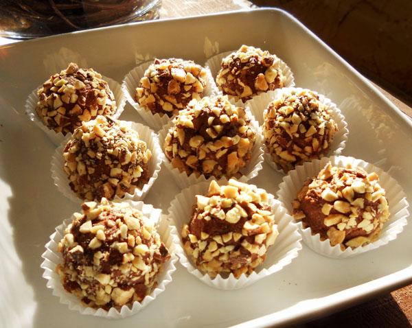 Receta de trufas de chocolate con almendras