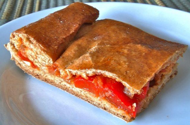 Receta de empanada de atún con tomate