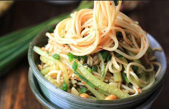 Receta de ensalada de noodles picante