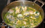 Receta de salsa verde con almejas