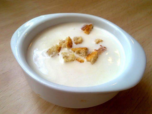 Receta de sopa de ajo blanco