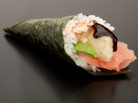 Receta de sushi temaki