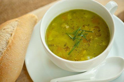 Receta de sopa de cebolla y apio
