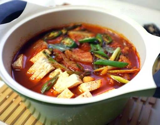 Receta de Sopa de kimchi