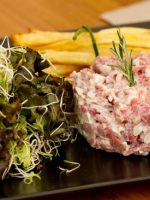 Steak tartar belga
