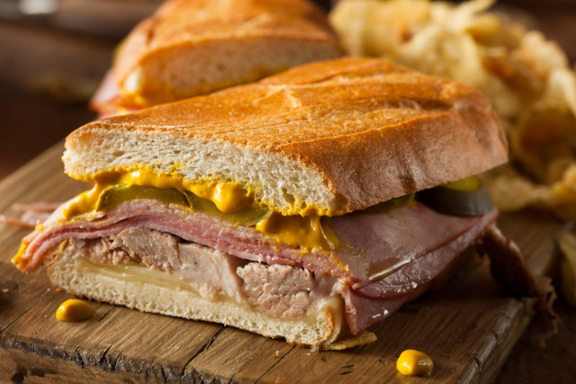 Receta de sándwich cubano