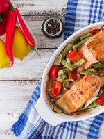 Receta de salmón al horno con verduras
