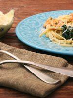 Receta de espaguetis con gambas y espinacas