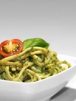 Receta de espaguetis al pesto sin piñones